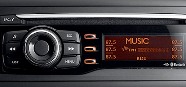 /image/21/6/peugeot_ion_radio_cd_player.115216.jpg